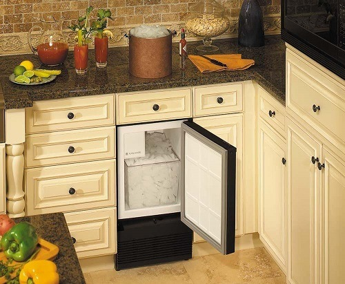 Built-in ice maker.