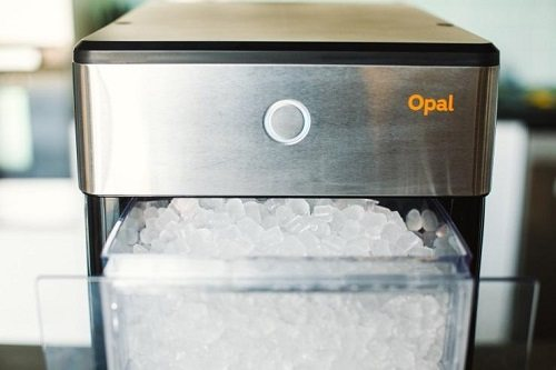 Ice maker in use.